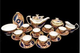 Spectacular 18th C. English Porcelain Tea Service