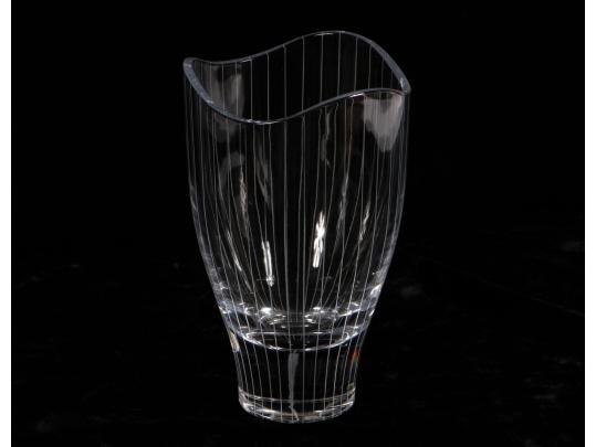 Etched crystal villeroy and boch vase black rock galleries for Villeroy boch crystal