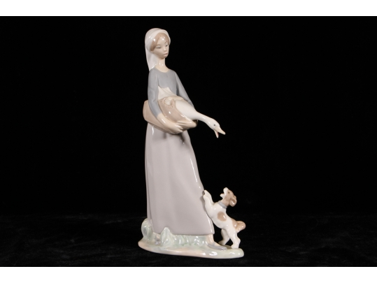 Lladro figurine girl with goose and dog 4866 black for Brownstone liquidators