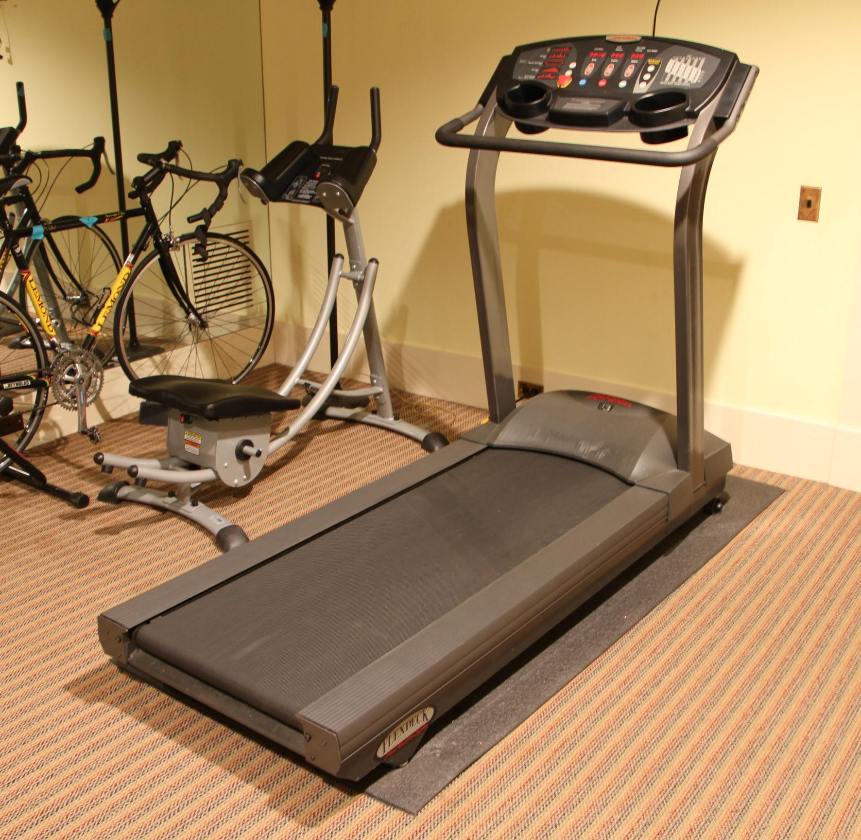 life fitness t3 go system with flex deck black rock galleries. Black Bedroom Furniture Sets. Home Design Ideas