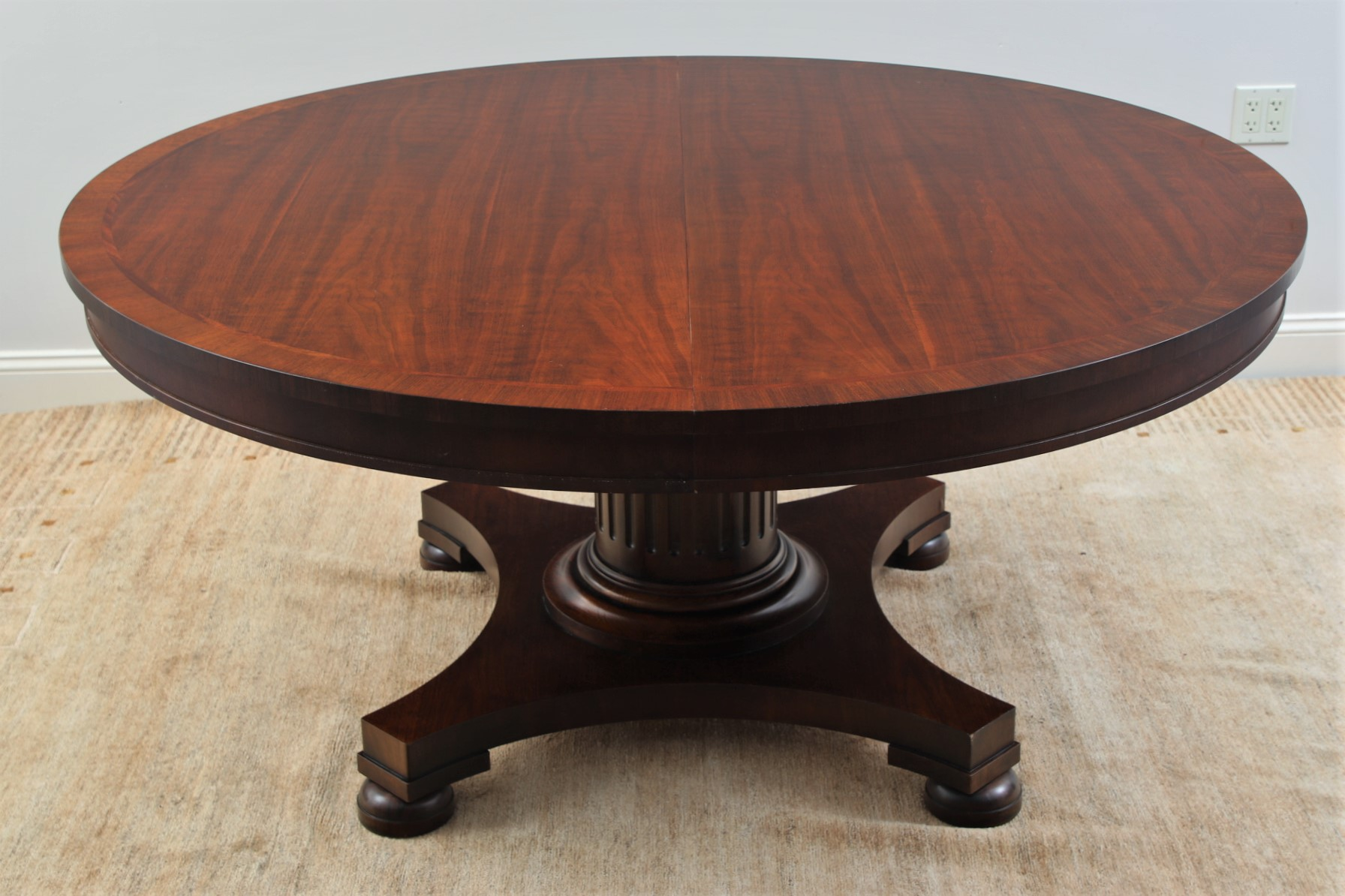 Elegant Ralph Lauren 64 Quot Round Pedestal Dining Table With