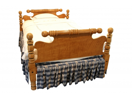 Antique Maple Full Cannonball Bed Circa 1815 1825