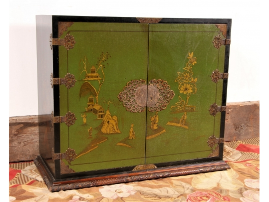 Green lacquered chinoiserie cabinet black rock galleries for Brownstone liquidators